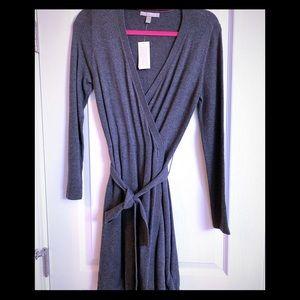 BANANA REPUBLIC PETITE WRAP DRESS